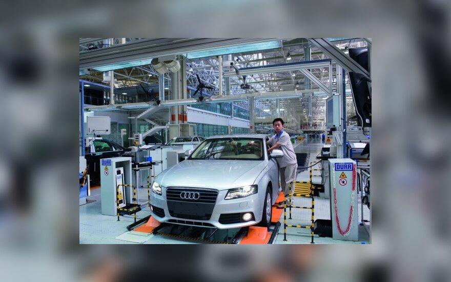 """""""Audi"""" Kinijoje pardavė pirmąjį milijoną automobilių"""
