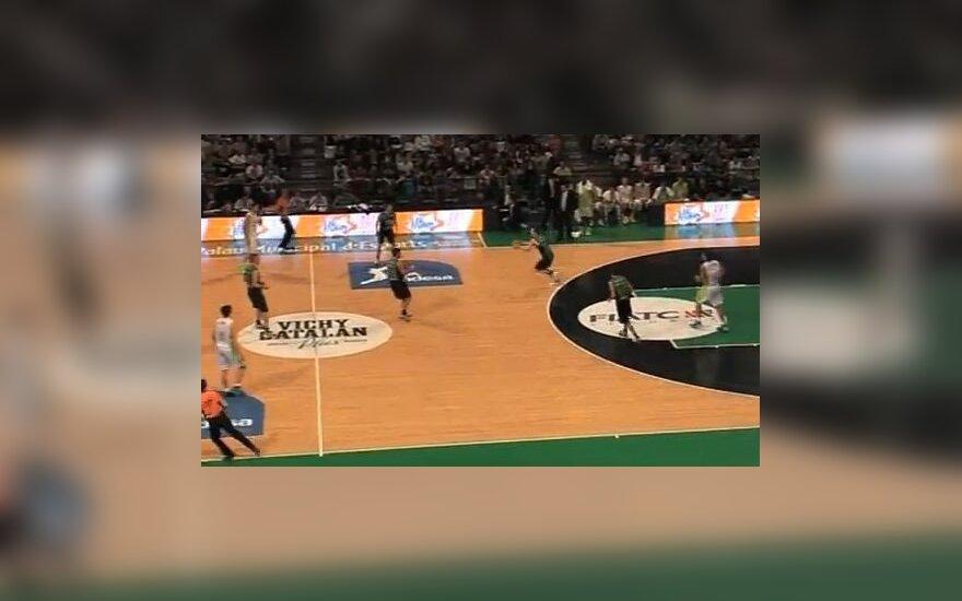 Ispanijos ACB lygoje – įspūdingas lietuvių kilmės J. Shurnos metimas iš kitos aikštės pusės