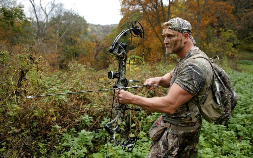 Netyla diskusijos dėl medžioklės lankais įteisinimo.