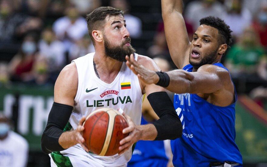 Testai baigėsi: Lietuvos rinktinė dar kartą sutriuškino Dominikos Respublikos krepšininkus