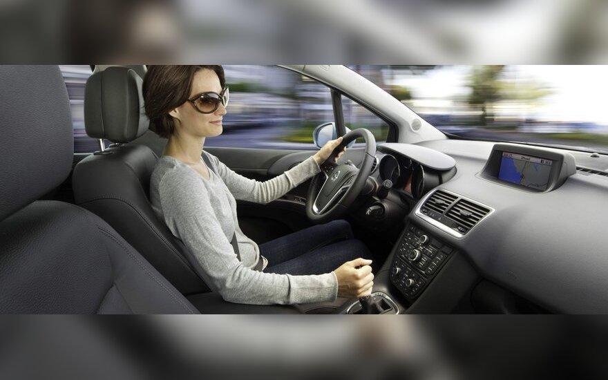 Lietuvos vairuotojai racionaliau vertina savo galimybes sukelti avariją
