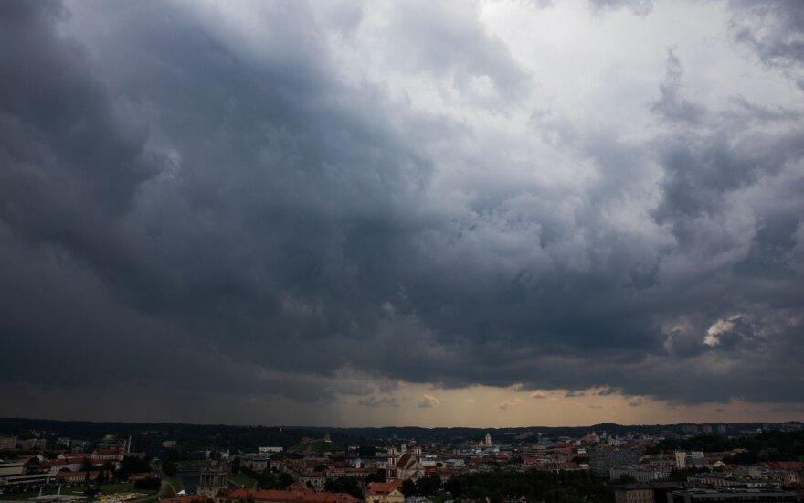 Po karšto ir sauso savaitgalio – orų permainos: galimas ir škvalas