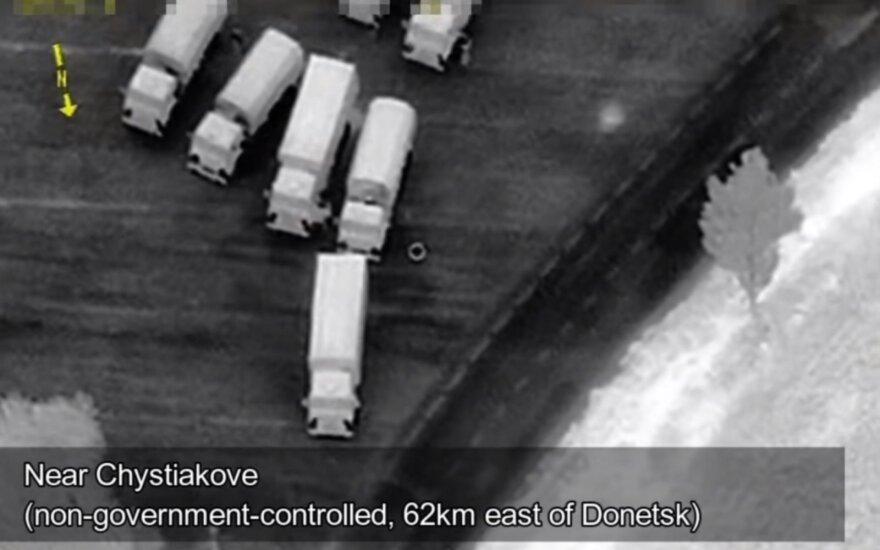 Vaizdo įraše – Ukrainos sieną kertantis Rusijos konvojus
