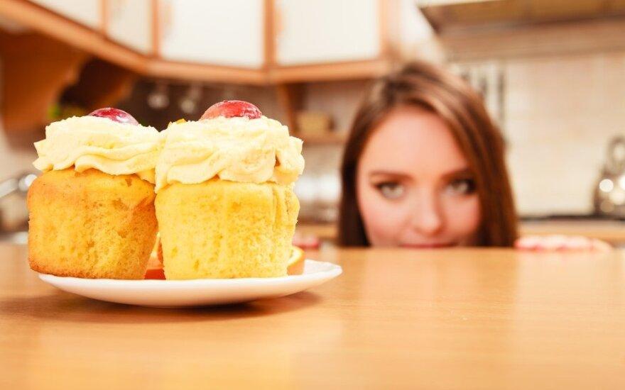 Ką virtuvėje ant spintelės laikomi produktai sako apie jūsų svorį