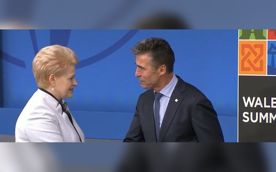 Lithuanian President Dalia Grybauskaitė and NATO Secretary General Anders Fogh Rasmussen