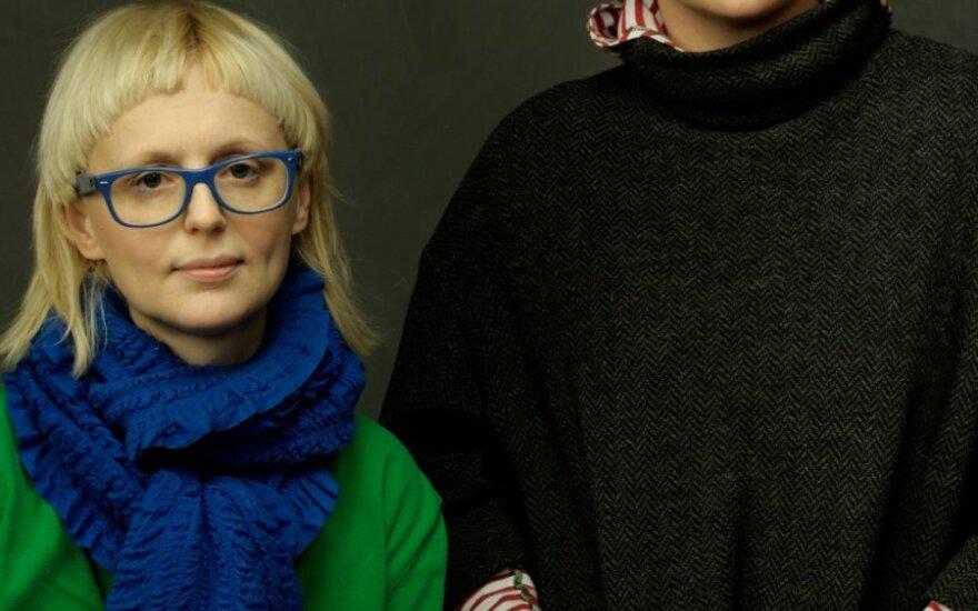 """Atidaroma J.Rimkutės ir I.Ševiakovaitės paroda """"LT identity: 10 metų tapatybės"""""""