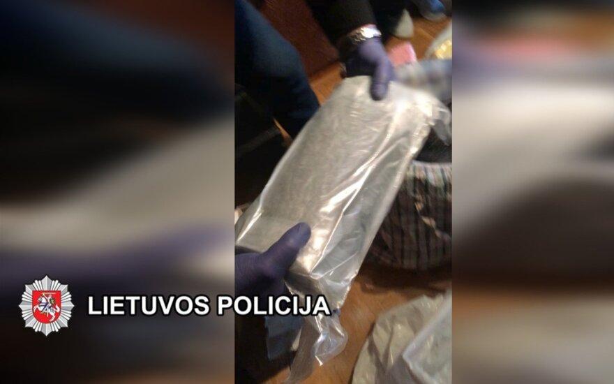 Į Lietuvą iš Ispanijos narkotikai keliavo pagal gerai apgalvotą schemą