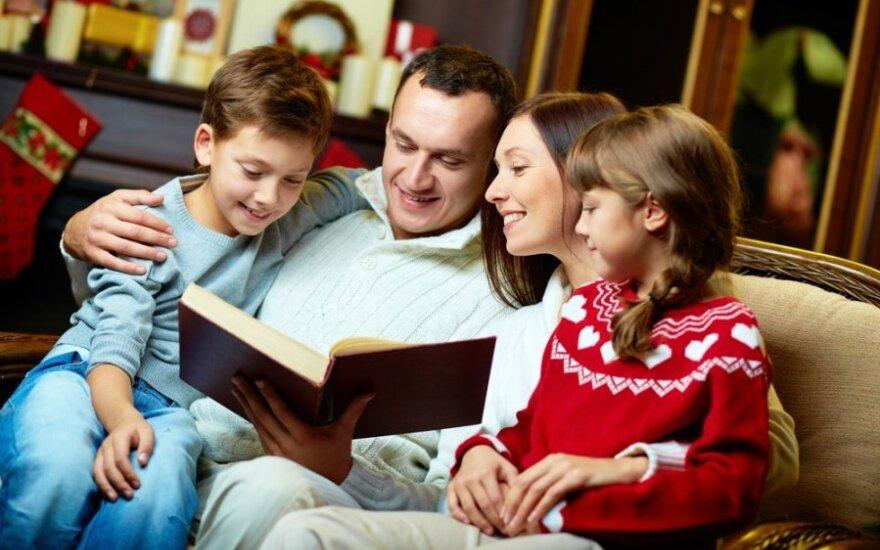 Patarimai iš bestselerio autoriaus lūpų: kaip sudominti paauglius skaitymu