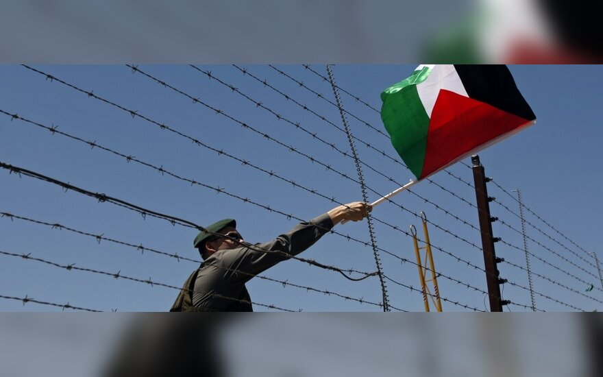 Izraelio policija areštavo du Palestinos parlamento narius