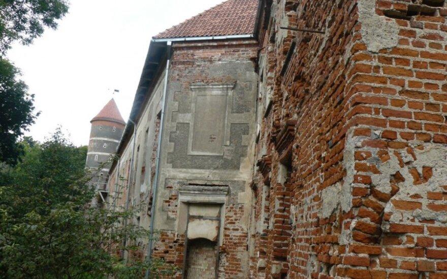 Lankytojams atsidaro restauruota Panemunės pilis