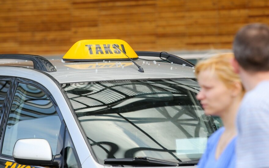 About a third of taxis in Vilnius 'illegal'