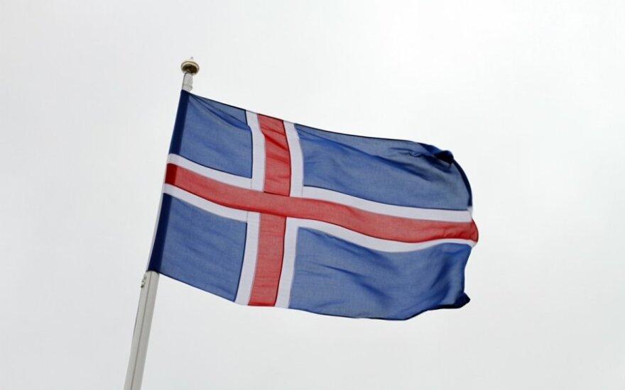 ES reikia ne visiems: Islandija stabdo derybas dėl narystės