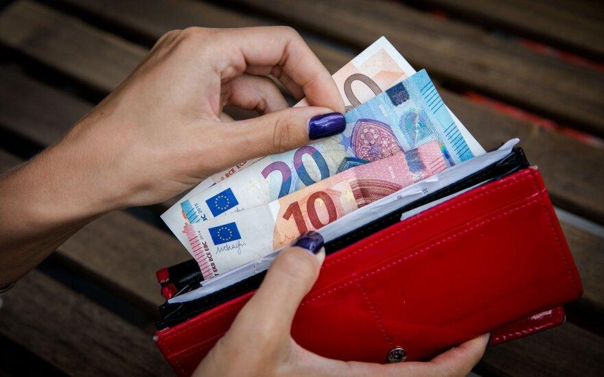 Lietuvos ekonomika trečią ketvirtį augo 0,1 proc., per metus - 3,4 proc.