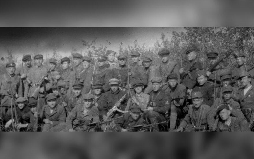"""Paliose veikę Varniškių ir """"Muškietininkų"""" būrių partizanai. 1945 m. balandis"""