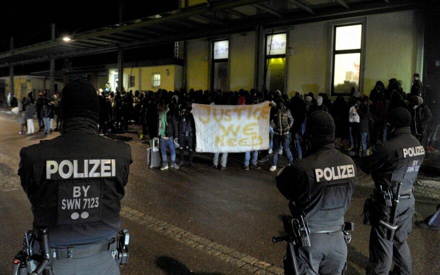 Tuo, kas vyksta Vokietijoje, sunku patikėti: jei netelpi į rėmus, gresia nemalonumai