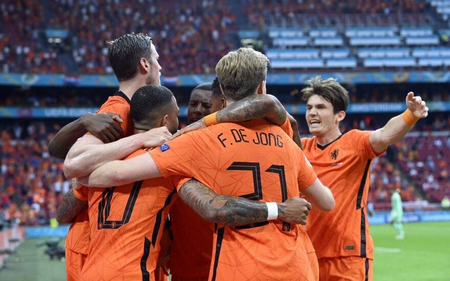 Trečiasis kelialapis į aštuntfinalį – antrą kartą laimėjusiai Nyderlandų rinktinei