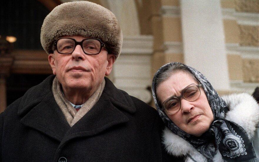 Andrejus Sacharovas su žmona