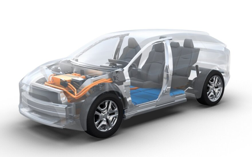 """""""Subaru"""" ir """"Toyota"""" kurs elektrinį visureigį"""