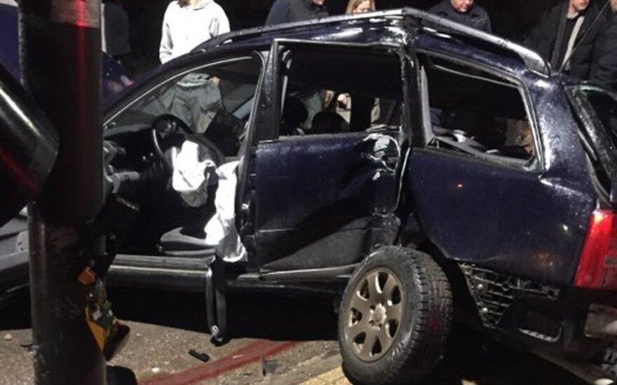 Kaune tragišką avariją sukėlęs girtas vairuotojas suimtas nebus