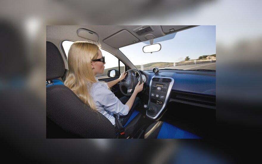 Dauguma vairuotojų nemoka kelių eismo taisyklių