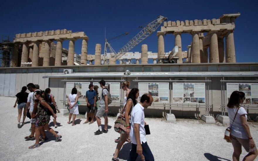 Rusija (ne)sumažins dujų kainą skolų kamuojamai Graikijai?