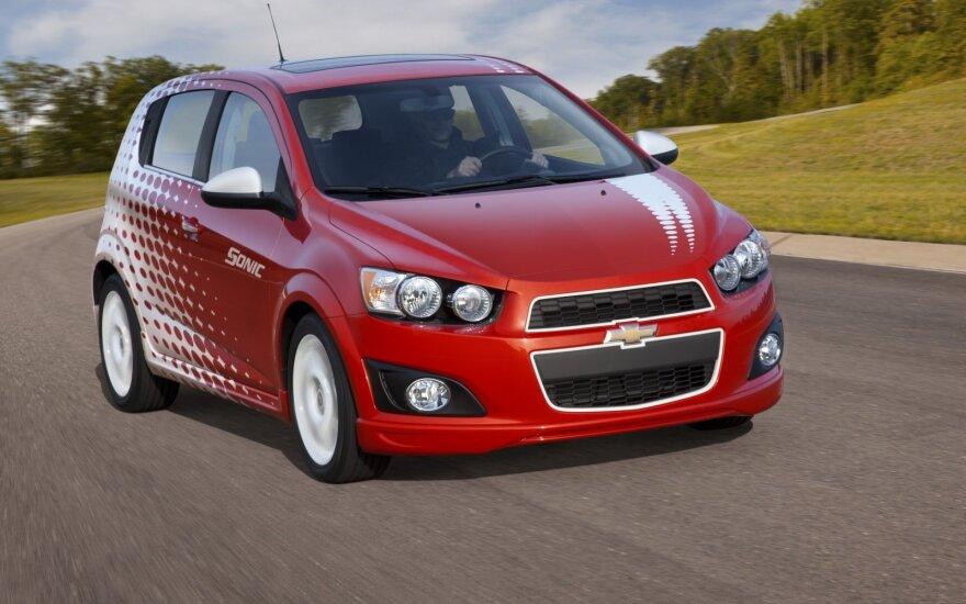 """GM planuoja nutraukti """"Chevrolet Sonic"""" automobilių gamybą"""