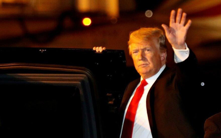 Donaldas Trumpas atvyko į G-20 susitikimą Buenos Airėse