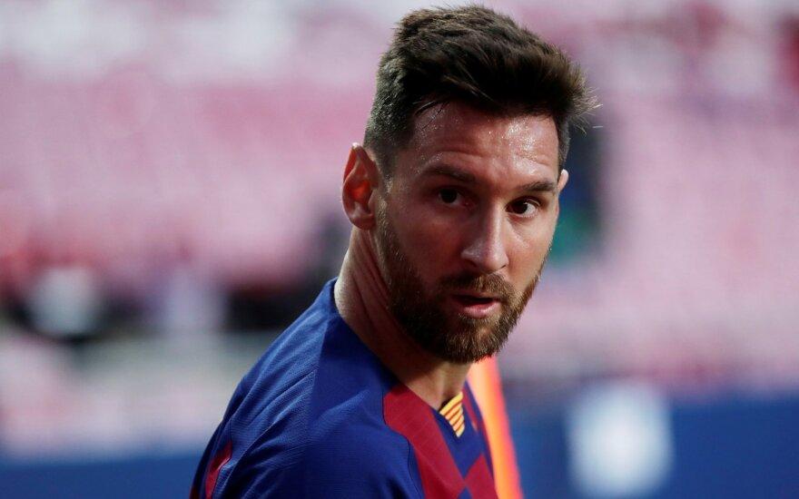 Muilo opera baigėsi: Messi pranešė, kad lieka Barselonoje