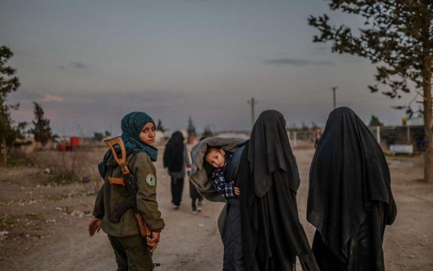 """""""Islamo valstybės"""" teroristų žmonos"""