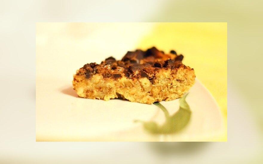 PYRAGŲ DIENAI: snikerinis pyragas