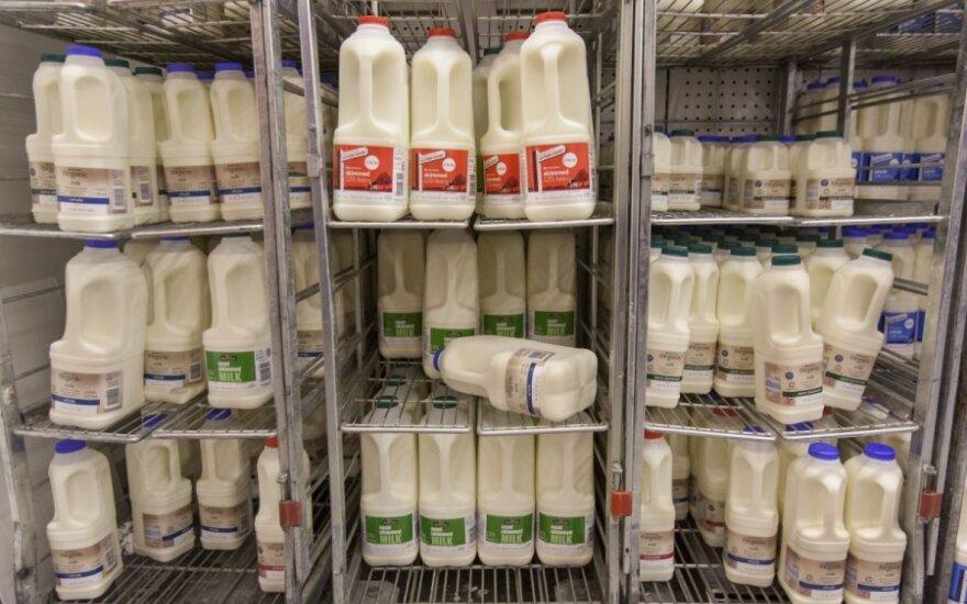 S. Martinavičius. Ministre, o gal dalinkime pieno produktus nemokamai?