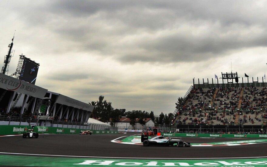 F-1 treniruotės Meksikoje: L. Hamiltonas – pirmas, N. Rosbergas – tik septintas