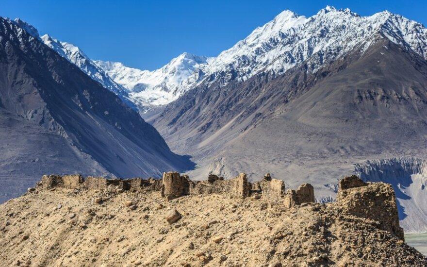 Jamčuno tvirtovės griuvėsiai