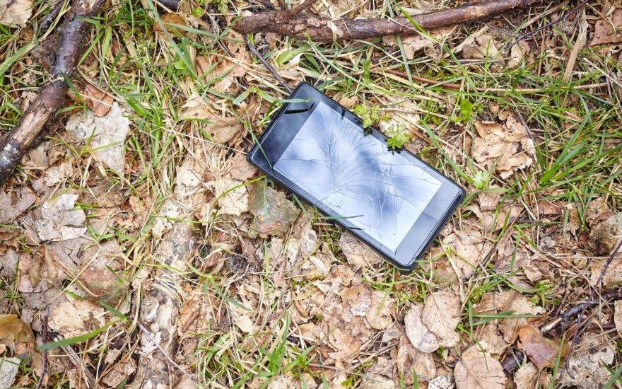 Gudrybės, padėsiančios apsaugoti ir greičiau surasti pamestą telefoną