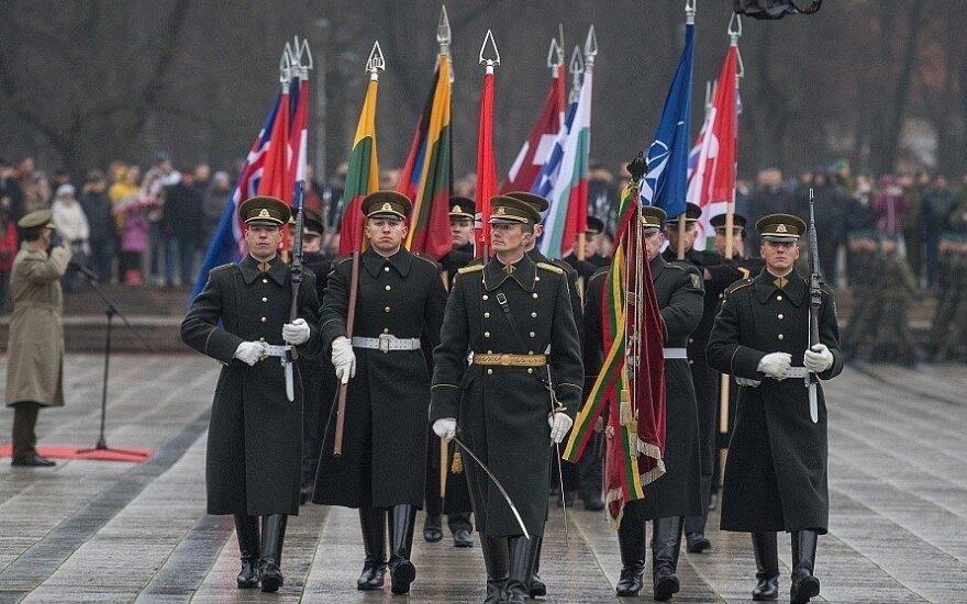 Lietuvos gyventojai ir verslas šiemet kariuomenę parėmė 175 tūkst. eurų