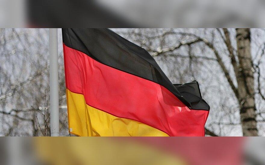 Vokietijos įmonių nuotaikas kelia atpigusi nafta ir silpnesnis euras