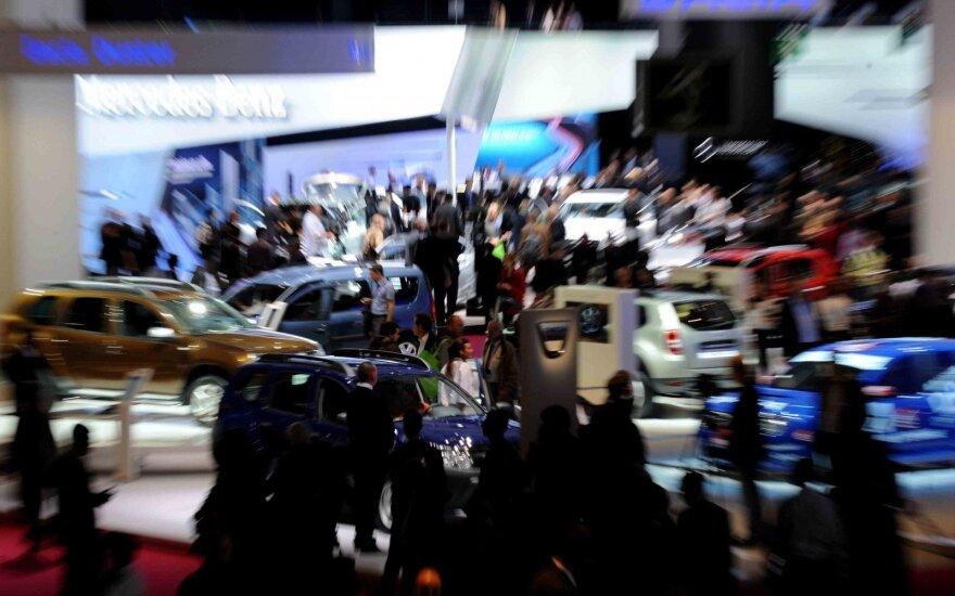 Paryžiaus automobilių paroda. Asociatyvi nuotr.