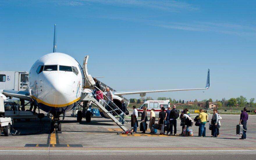 Vyriausybė siūlo atsisakyti galimybės kelionių organizatoriams už neįvykusias keliones su klientais atsiskaityti per 90 dienų