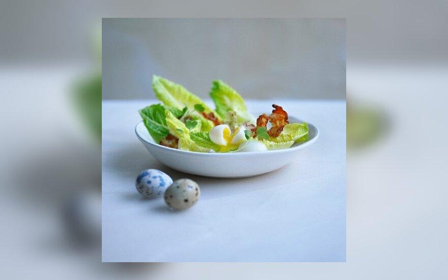 Salotos su putpelių kiaušiniais