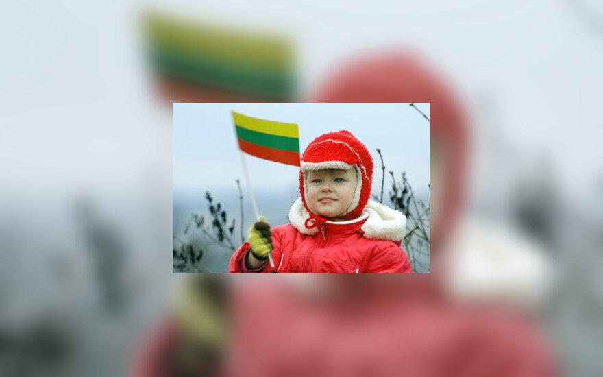 Mergaitė su Lietuvos vėliava, patriotizmas