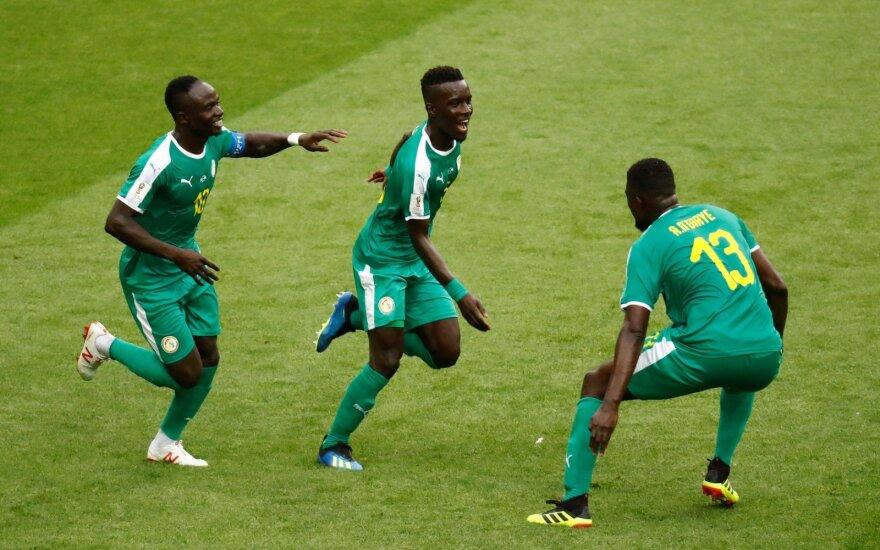 Senegalo rinktinė džiaugiasi Idrissa Gana Gueye įvarčiu
