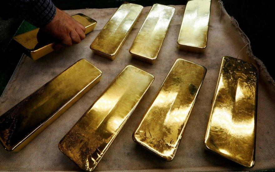 Aukso kaina fiksuojama rekordinėse aukštumose.