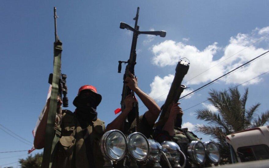 Egipte per spūstį prie karo akademijos žuvo devyni žmonės