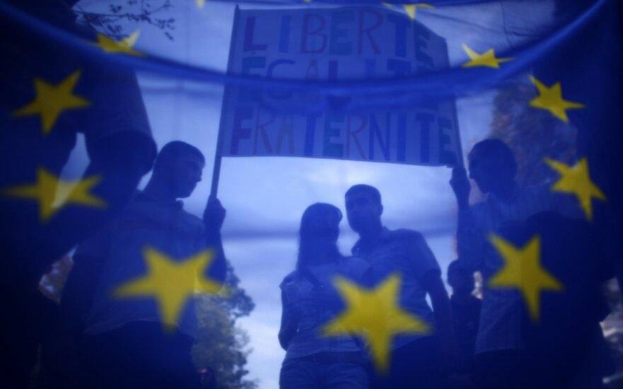 """Pirmininkavimo ES Tarybai išvakarėse – specialus laidų ciklas """"MES 2013"""" per LRT"""