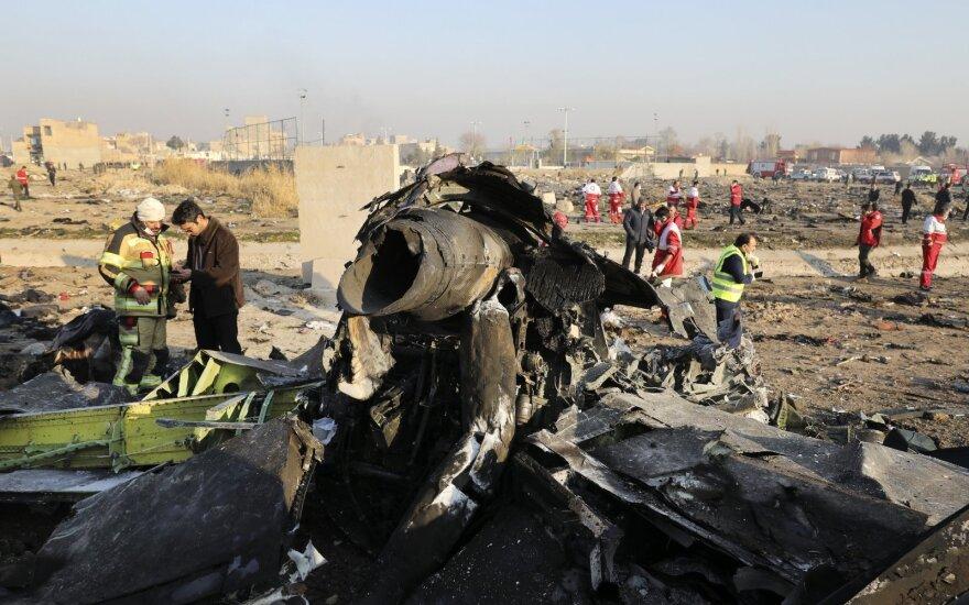 ES reikalauja nepriklausomo ir patikimo tyrimo dėl lėktuvo katastrofos Irane