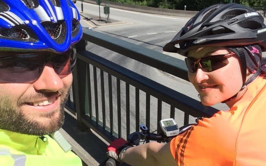 Sutaną į dviratį iškeitęs kunigas: gyvenime yra visko