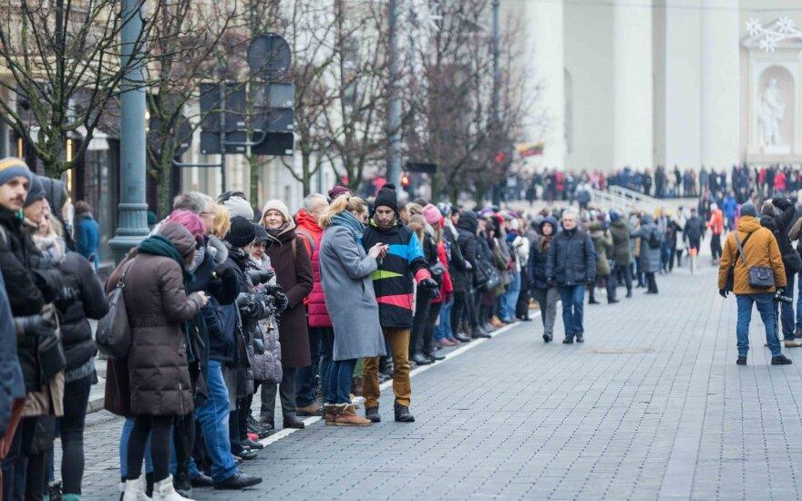 """Į mitingą """"Paskutinis skambutis"""" buvo susirinkę apie 6 tūkst. žmonių"""