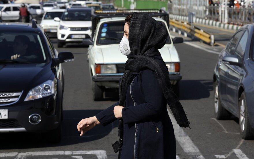 Irane koronaviruso infekcija nustatyta dar 141 žmogui, bendras skaičius – 2 898