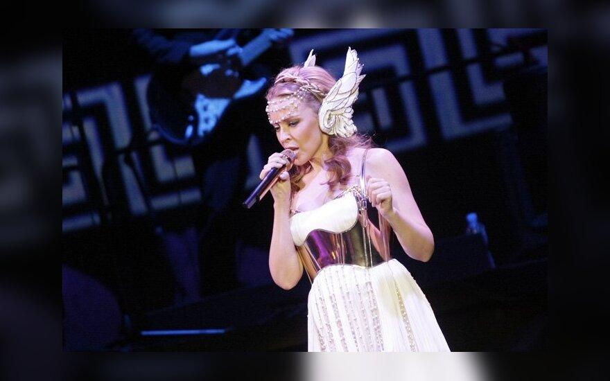 K.Minogue apatinio trikotažo komplektėlis parduotas už 5 tūkst. svarų