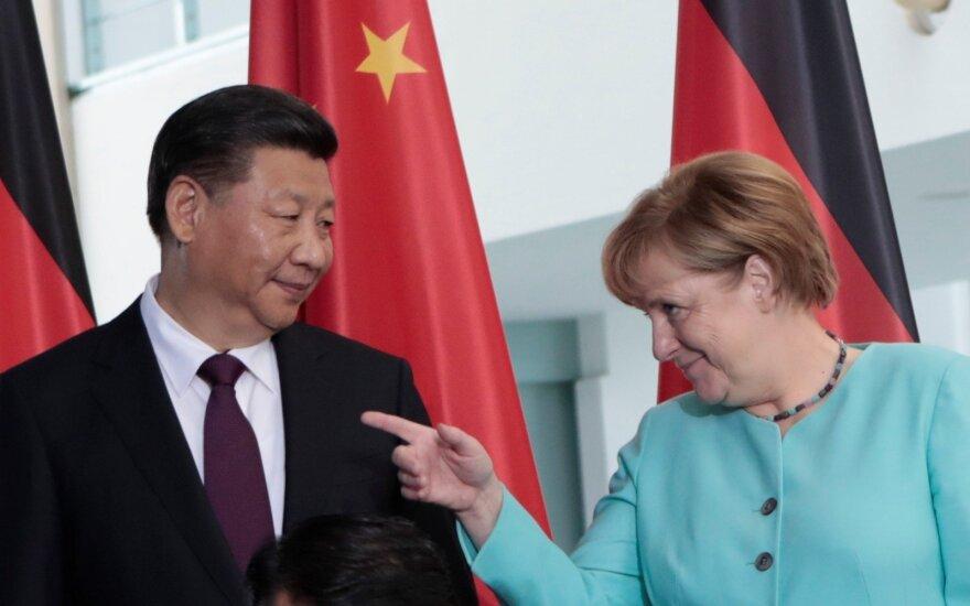 A. Merkel Berlyne priėmė Kinijos prezidentą
